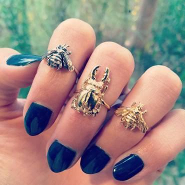 Mani Maalai Midi rings
