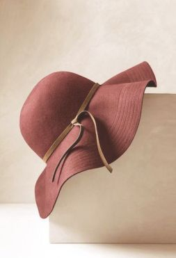 Dusty Cedar Hat