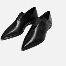 pointed-flat-stretch-leather-shoes